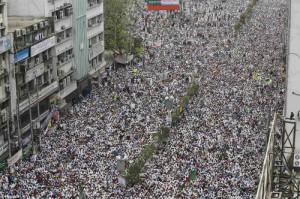 Bangladeshcrowd-kill-bloggers